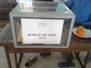 13h26 : 203 votants au bureau de vote n°75 Ecole Malamani