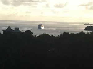 Arrivée du bateau de croisières Silver Whisper