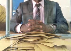 10h39 : 57 votants à Mamoudzou, bureau n°66
