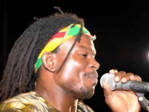 Lathéral en concert gratuit à Tsoundzou
