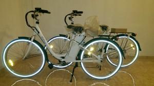 Le 30 mai, faites du e-vélo sur le parvis de l'Hôtel de ville