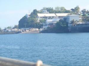 Encore une barge militaire échouée au quai Issoufali