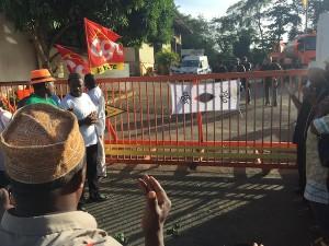 Colas : les syndicats appellent à la grève