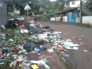 Les ordures envahissent Passamainty