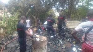 Violent incendie à Cavani Sud