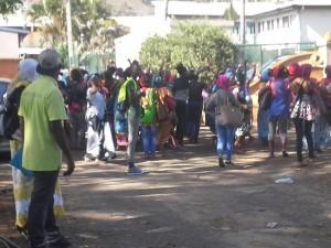 Grève des lycéens de Kawéni : les transports et la sécurité en question