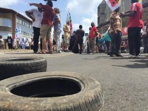 Education nationale : les grévistes en marche vers Mamoudzou (vidéo)