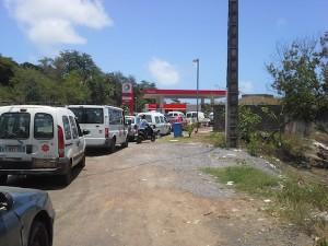 Grève générale imminente : les stations-service prises d'assaut