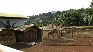 Kawéni Espoir : main dans la main pour changer l'image du quartier (vidéo)