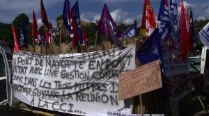 Manifestation des agents Smart et des Femmes Leaders devant le Conseil départemental