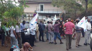 Une centaine de personnes ont répondu à l'appel à la grève de l'intersyndicale de l'éducation à Mayotte