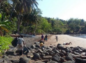 La mairie de Bandrélé autorise la baignade à Nyambadao