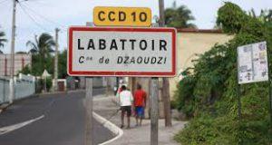 Travaux d'assainissement à Dzaoudzi-Labattoir