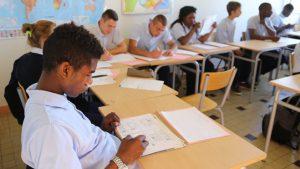 Le Medef et l'école de la deuxième chance s'allient pour les jeunes isolés du système éducatif