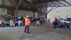 Les agents grévistes de La Poste en réunion en vue du dépôt d'un nouveau préavis de grève