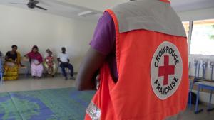 EDM et la Croix Rouge main dans la main