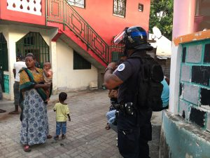 Opération de police à Mtsapéré au lendemain d'un caillassage sur des policiers du GSP (photos)