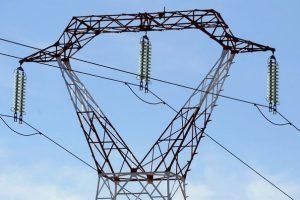 Construction de la ligne haute tension de 90 000 Volts entre Longoni et Sada