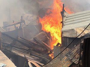 Un incendie détruit plusieurs bangas à Kaweni