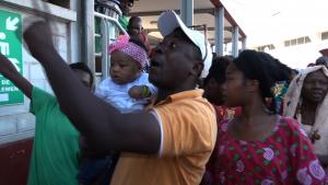 De vives tensions et une interpellation à Jacaranda