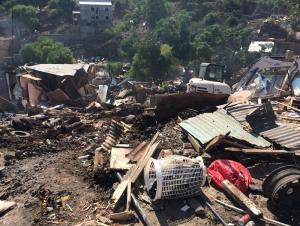 La préfecture communique sur les opérations de démolitions de bangas à Kawéni