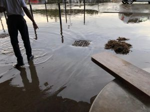 Aérogare inondée : plus de peur que de mal (vidéo)