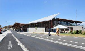 3em reportage de l'aéroport de Mayotte
