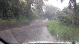 La pluie commence à tomber sur Mamoudzou et à Combani (video)