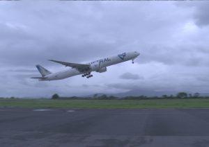 777 air austral 3