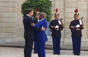 La diplomatie française demande la reprise des reconduites aux Comores