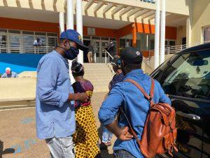 La délégation des vendeurs à la sauvette vient d'être reçue à la mairie (video)