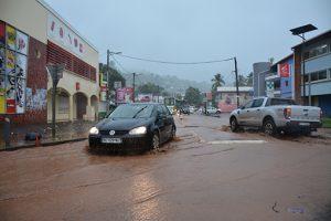 Mamoudzou anticipe la saison des pluies et lance un appel à la vigilance