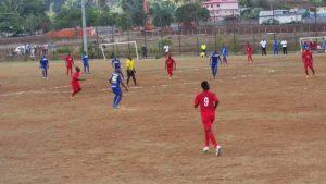 Le préfet menace d'interdir les compétitions de football avec du public