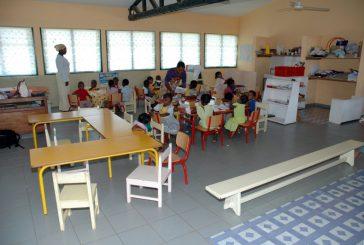 Kawéni : les élèves des écoles jouent des pièces de théâtre