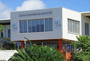 Des étudiants mahorais à Marseille pour un master class d'écriture poétique