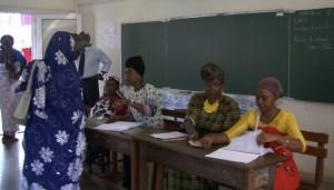 En direct des bureaux 103 et 152 à Kaweni Poste