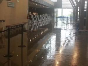 L'aérogare de Mayotte une nouvelle fois inondée