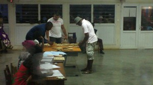 18h32 : Dépouillement du bureau Kaweni Poste