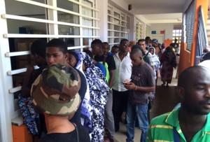10h41 : 70 votants à l'école primaire Kawéni Poste