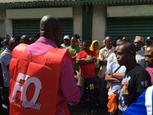 La grève continue pour SFR et la SMAE