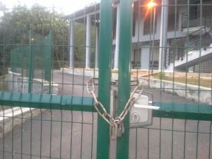 La mairie de Ouangani bloquée