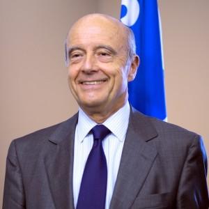 Alain Juppé s'adresse au préfet de Mayotte