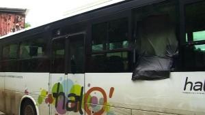 Un bus scolaire caillassé à Vahibé sans raison apparente (vidéo)