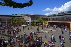 Planning de rentrée au collège Ouvoimoja de Passamainty