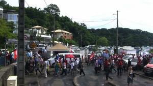 Grève : le rond-point SFR est bloqué – actualisé (vidéos)