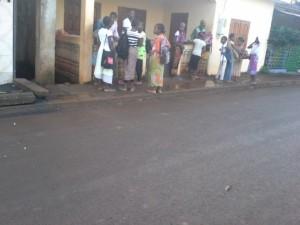 Après le drame, les enfants d'Ongoujou retrouvent le chemin de l'école