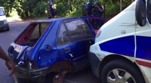Une carcasse dégagée par la police (vidéo)