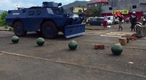 Opération déblocage et tirs de grenade lacrymogène ! (vidéo)