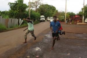 Attention des jeunes armés se dirigent vers Doujani (photo d'illustration)