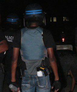 Des jeunes s'en prennent aux policiers